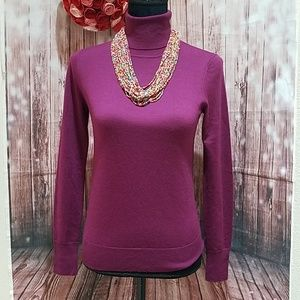 UNI QLO New Wool Turtleneck sweater XS purple